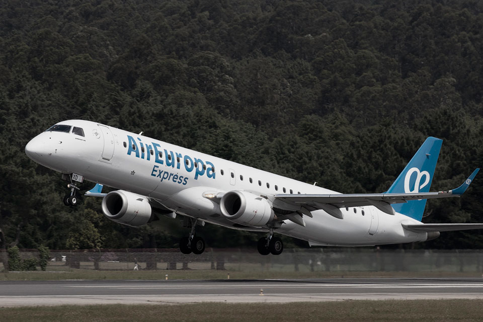 RegionalOne-OUR-CUSTOMERS---Carousel---AirEuropa-Express
